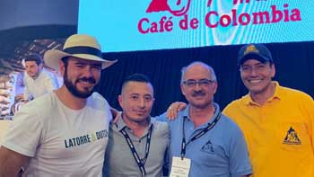 Colombian coffee reaches USD 54 / lb at first auction abroad